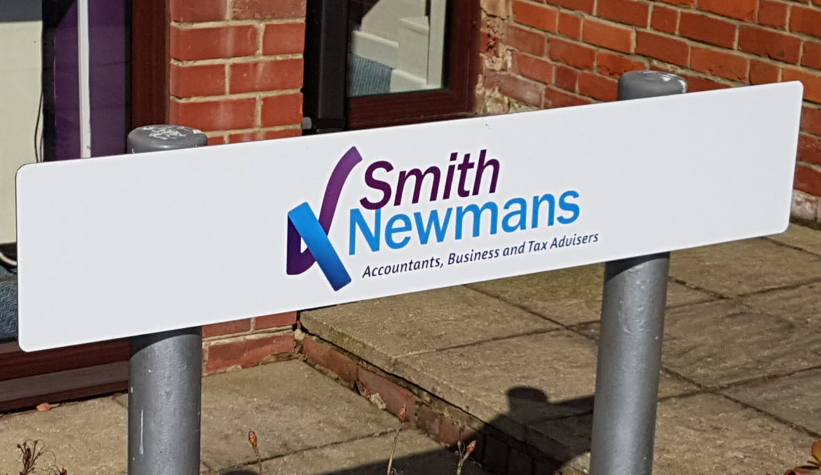 Smith Newmans signage
